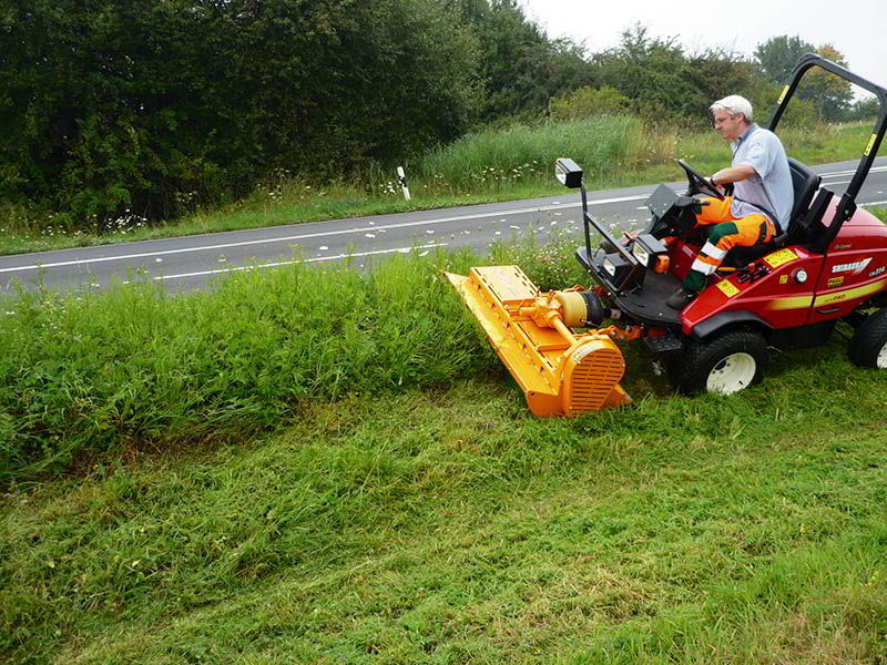 sm-flail-mower-sport-areas-parks-mower