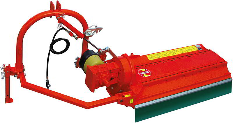 ssk-ssg-offsetting-mulchers-behind-compact-tractor